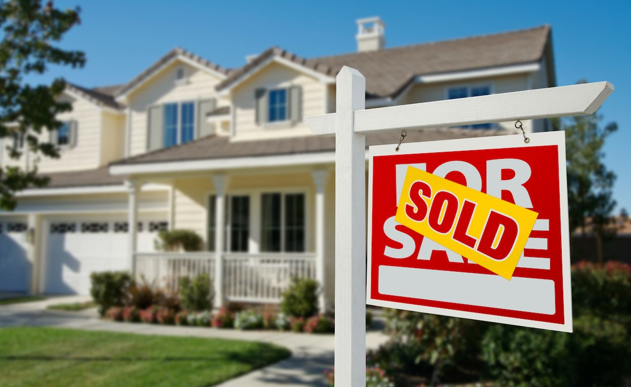 Hard Time Selling Your House? Here Are Some Tips